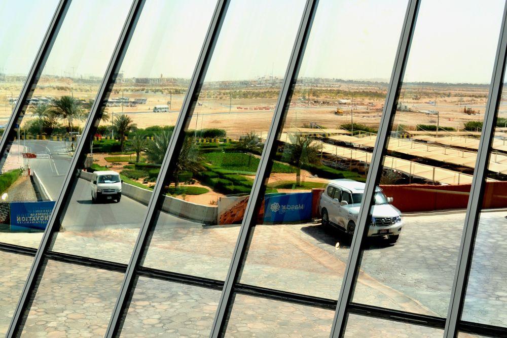 AbuDhabi-Masdar-desert