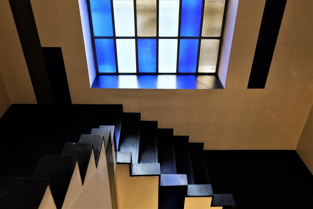 Aubette 1928 Strasbourg Modern architecture Arp Van Doesburg inside blue stairs