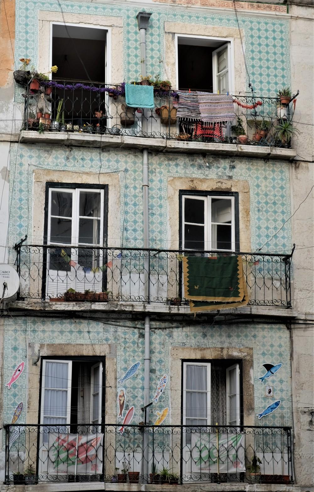 Lisbon Portugal Vintage (10)