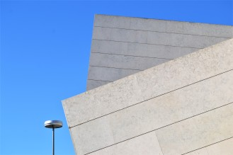 Minimal Lisbon Portugal (5)